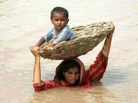 Mother saving drowning boy